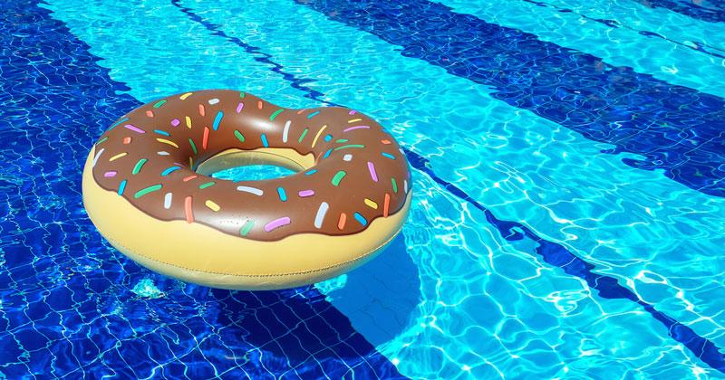 Nadar después de comer: ¿Realidad o mito?